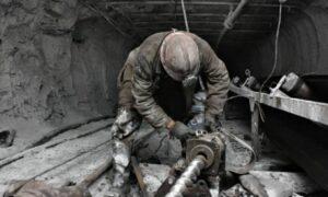Napaść seksualna w kopalni w Rybniku. Bito górnika członkiem po twarzy!