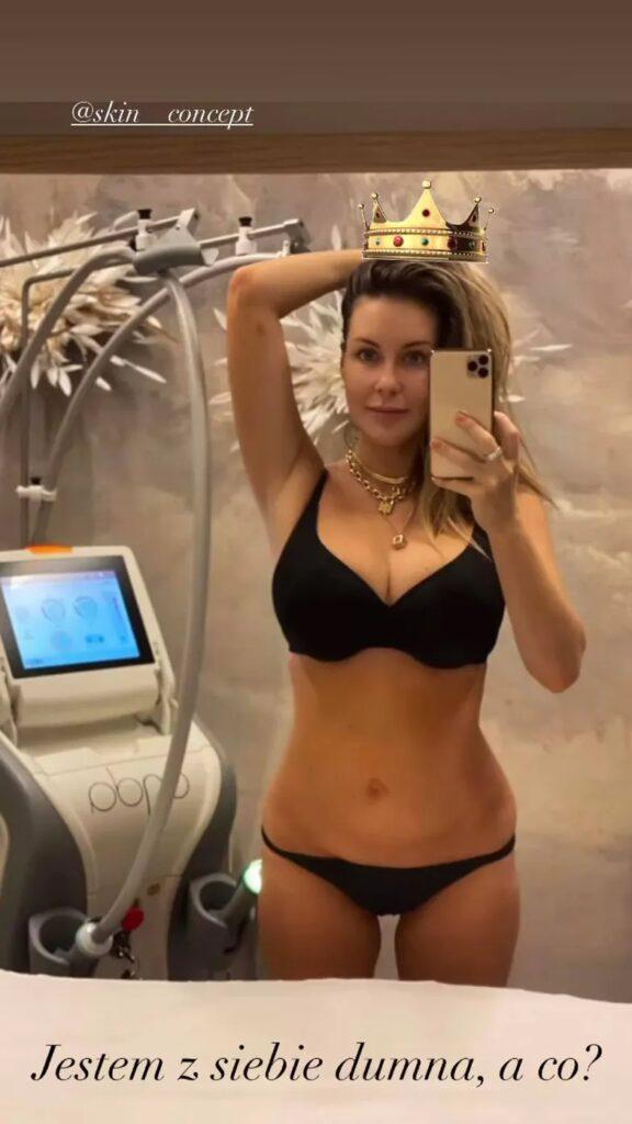 Małgorzata Rozenek pokazała brzuch