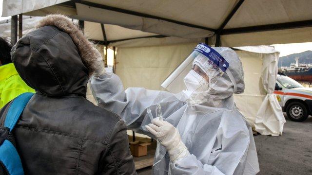 nowy szczep koronawirusa jest już w Niemczech 2