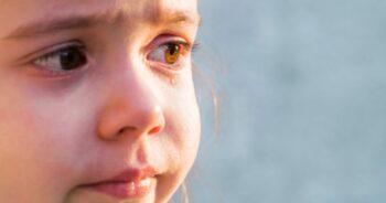 opiekun zgwałcił roczną dziewczynkę