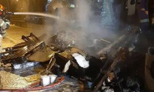 Pożar na S8. Ogień pochłonął m.in. przesyłki kurierskie warte ponad 100 000 zł!