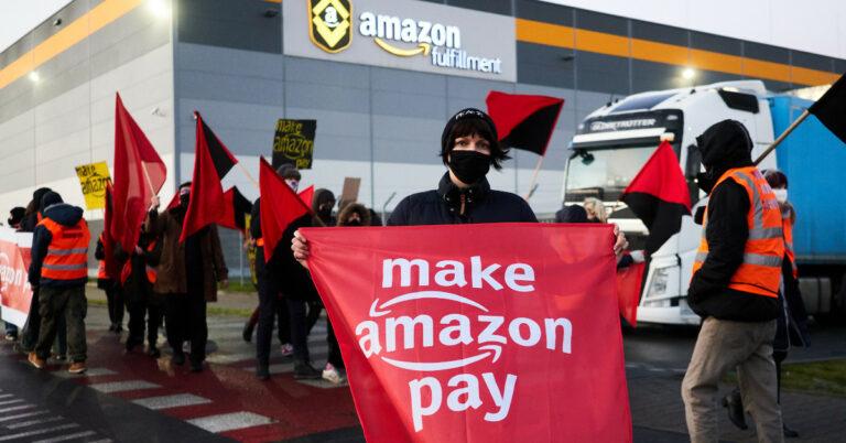 protest pracowników amazona