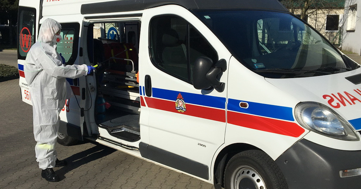 śmierć policjanta zakażonego koronawirusem