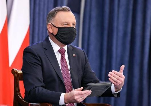 Andrzej Duda wybrał się na imprezę 2