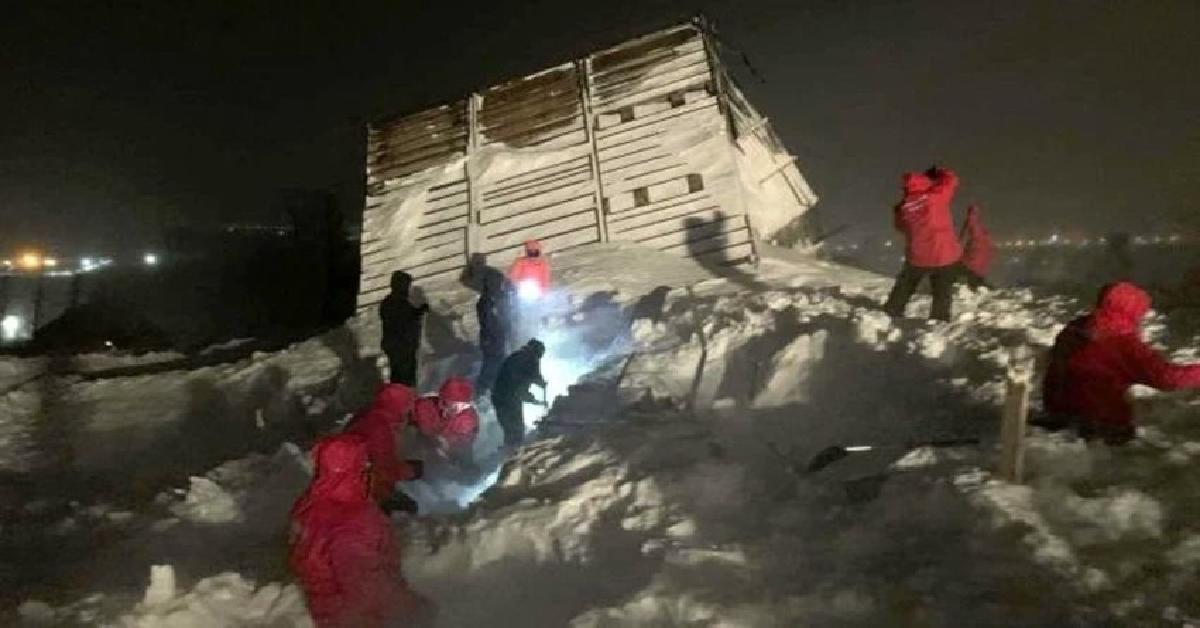Lawina spadła na ośrodek narciarski