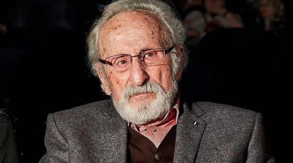 93-letni Franciszek Pieczka czeka na szczepienie 3