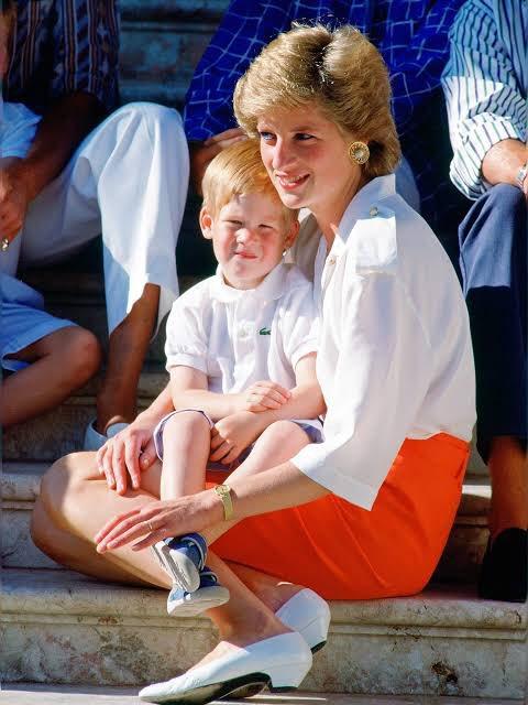 książę Harry odziedziczył miliony 3