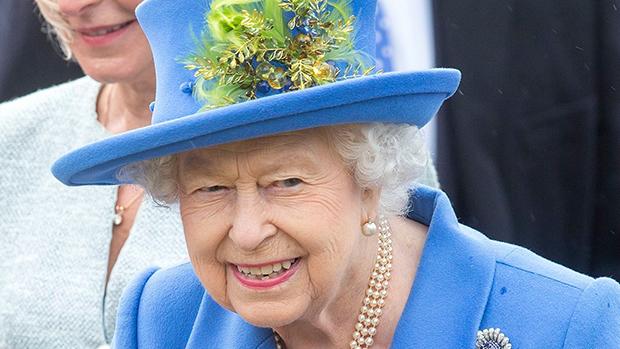 królową Elżbieta II