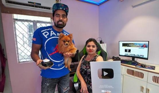 youtuber przywiązał psa do balonów 3