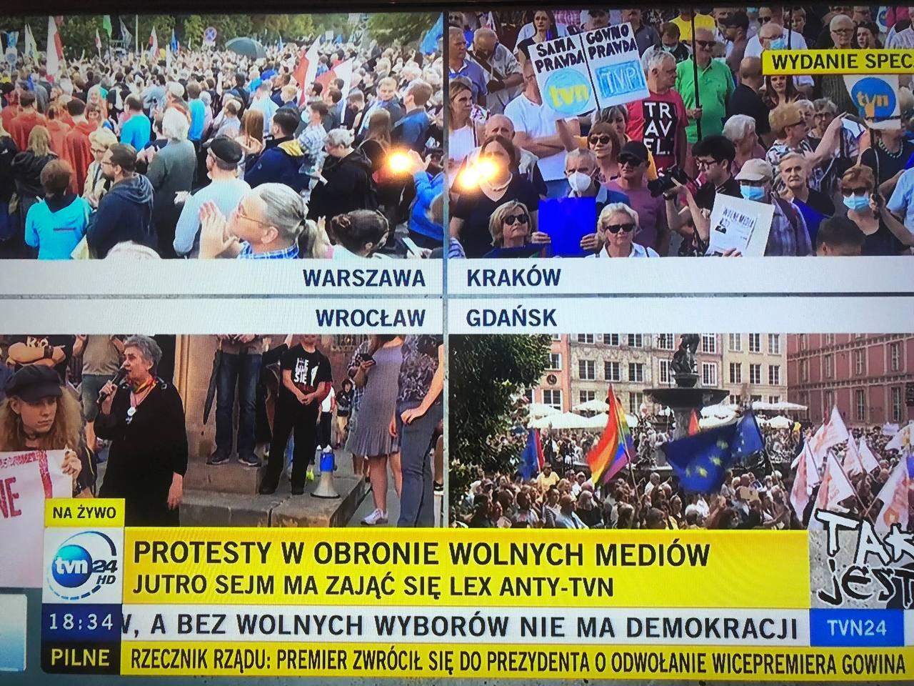 Gigantyczny protest pod Sejmem