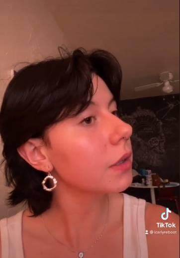 TikTokerka zalała się łzami po wizycie u fryzjera