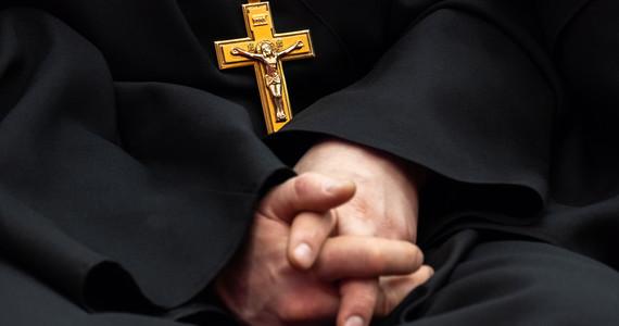 Proboszcz oskarżony o molestowanie ministranta